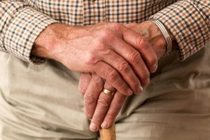 hands-981400_1920 (1)